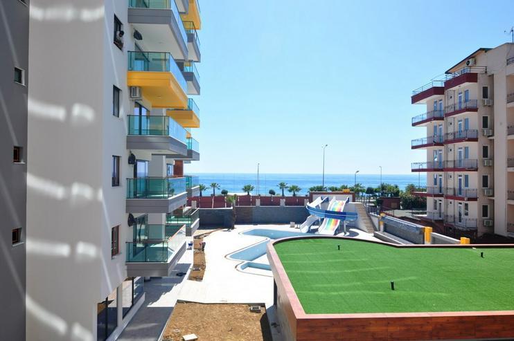 Türkei, Alanya. 2 Zi. Wohnung, 1. Reihe am Strand. 565-2