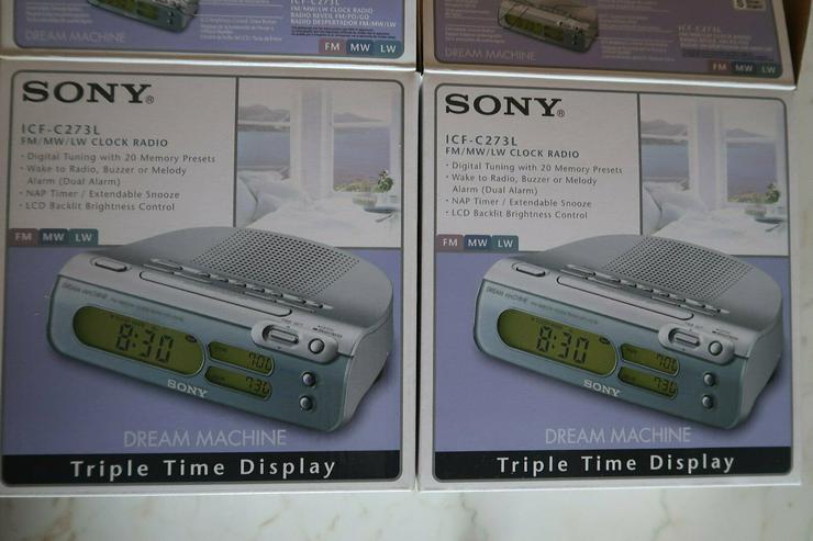 zwei Clock Radio SONY ICF C273L