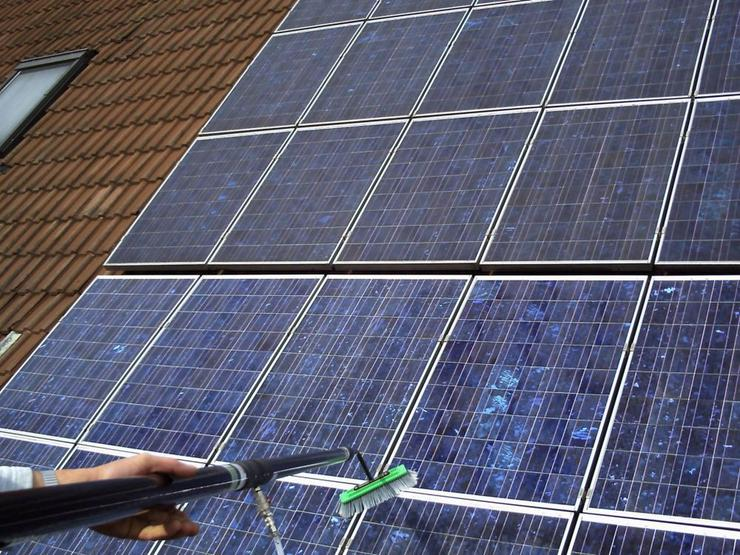 Photovoltaik-Reinigung vom Fachbetrieb