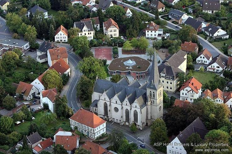 Bild 3: Familiär geführtes Stadthotel im Zentrum der alten Hansestadt Herford zu kaufen.