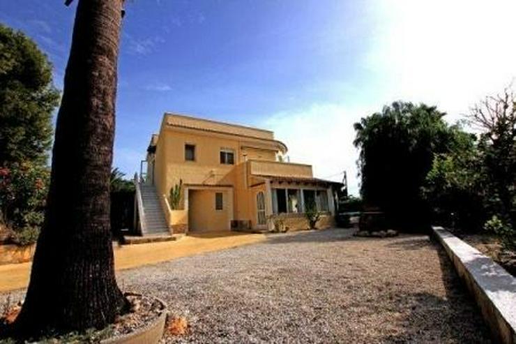 Bild 2: Spanische Villa zum Sonderpreis !