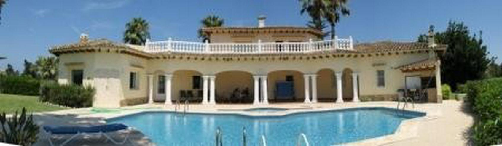 Exklusive Villa am Golfplatz - Haus kaufen - Bild 1