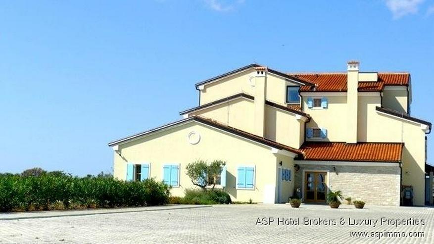 Bild 4: Neues stylisches Design Hotel bei Pula, Istrien, Kroatien aus prominenter Hand zu kaufen