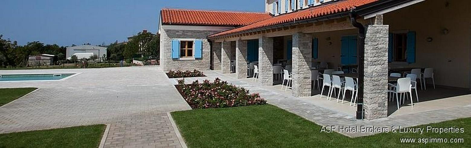 Bild 3: Neues stylisches Design Hotel bei Pula, Istrien, Kroatien aus prominenter Hand zu kaufen