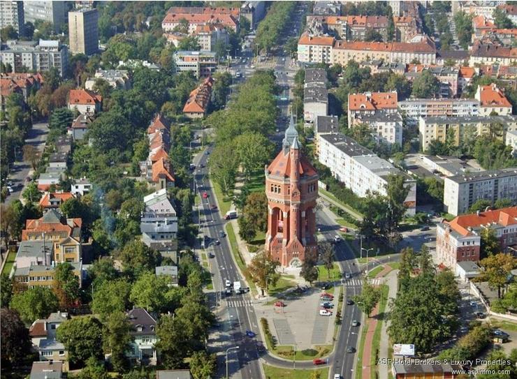 Bild 2: Wahrzeichen in Breslau zu kaufen! Historischer Wasserturm mit 2.000 qm Wohnfläche, Café,...