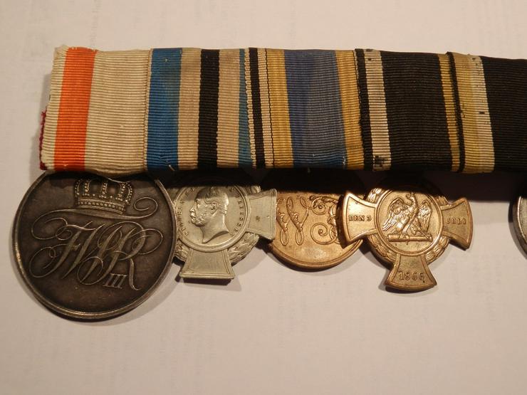 Bild 2: Alte Orden,Urkunden,usw. gesucht.