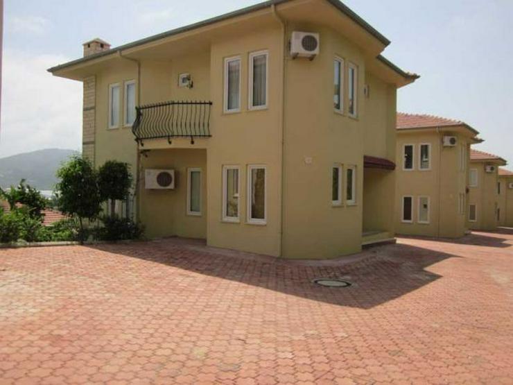 Großes Einfamilienhaus mit schöner Aussicht - Haus kaufen - Bild 1