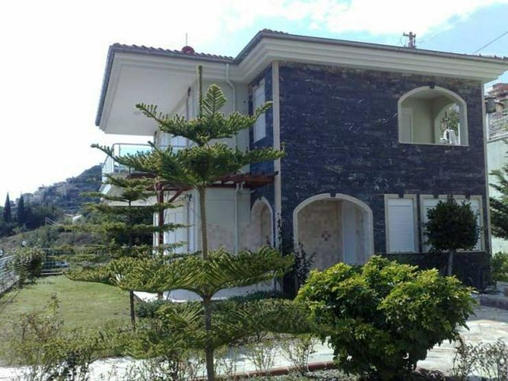 Bild 2: Moderne Villa mit Panoramablick