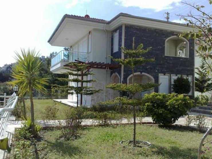 Moderne Villa mit Panoramablick - Haus kaufen - Bild 1