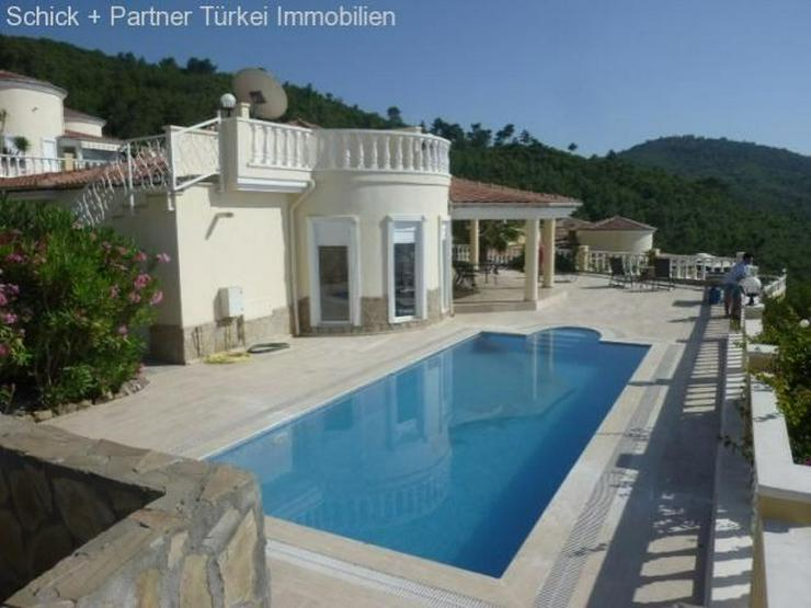 Wunderschöne Bungalow-Villa mit Meer- und Bergblick - Bild 1