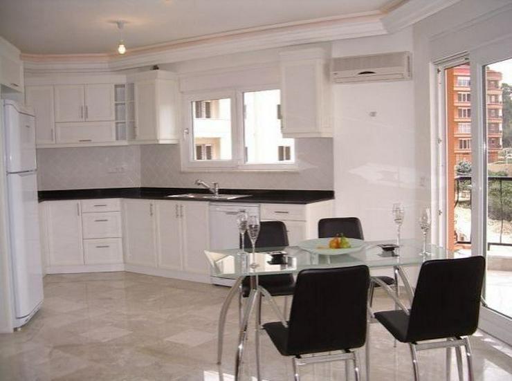 Neubau-Appartement in gepflegter Wohnanlage mit Pool - Wohnung kaufen - Bild 1