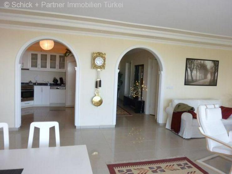 Bild 9: Geschmackvoll eingerichtetes Appartement mit Traumpanorama-Blick zum Meer !