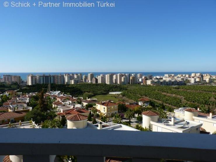Bild 1: Geschmackvoll eingerichtetes Appartement mit Traumpanorama-Blick zum Meer !