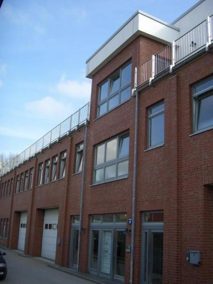 Bild 2: Neuwertige, helle Bürofläche auf kreativem Gewerbehof in Hamburg Bahrenfeld. Küche, WC,...
