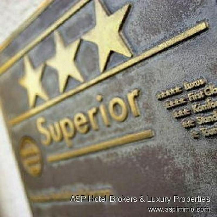 Neuwertiges 3-Sterne-Superior Hotel mit sehr guten Umsätzen in guter Lage in der Region O...
