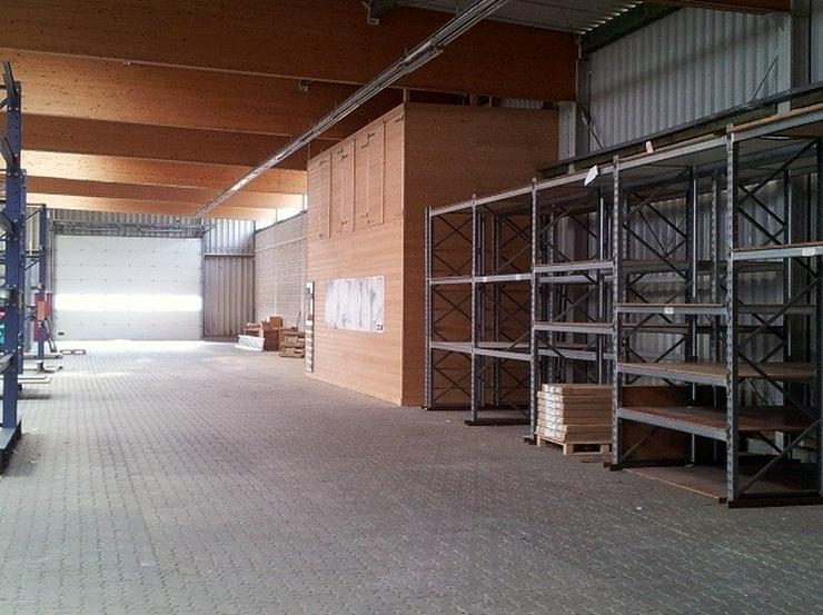 Bild 3: Lagerhalle mit Verkaufsraum und Büro
