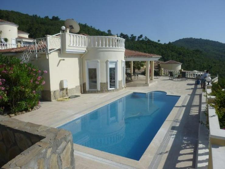 Wunderschöne Bungalow-Villa mit Meer- und Bergblick - Haus kaufen - Bild 1