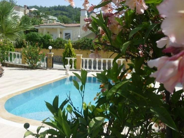 Bild 5: Vollmöblierte Luxus-Villa mit Pool, Garage und Panoramablick