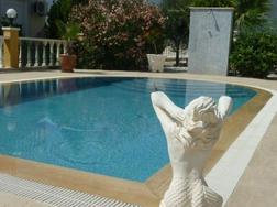 Vollm�blierte Luxus Villa Pool Garage Panoramablick - Haus kaufen - Bild 1