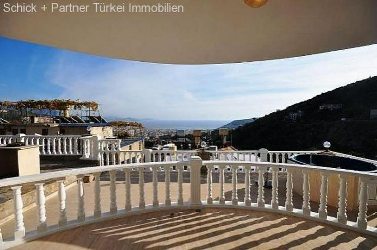 Vollmöblirte Luxusvilla in Alanya Tepe dem exklusiven Villenviertel
