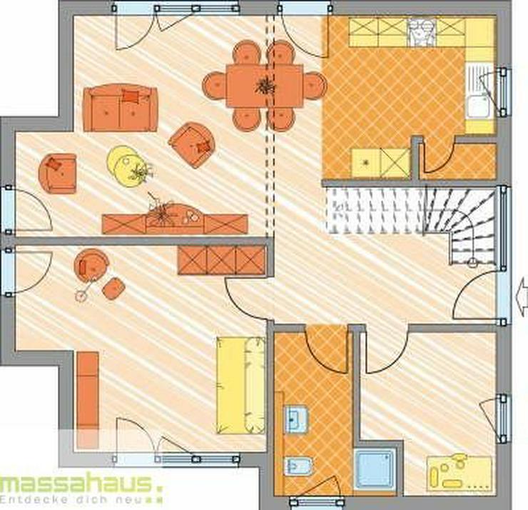 Bild 3: Viel Ausbaupotential für Handwerker: Großes Haus mit großem Garten