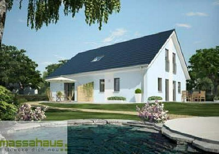 Geräumiges Haus mit Terrasse, Balkon & Garten, auch für die (Groß-) Familie - Haus kaufen - Bild 1