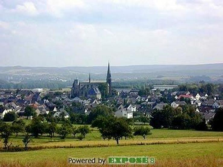 Bild 4: Grundstück mit Schlossblick..sofort bebaubar