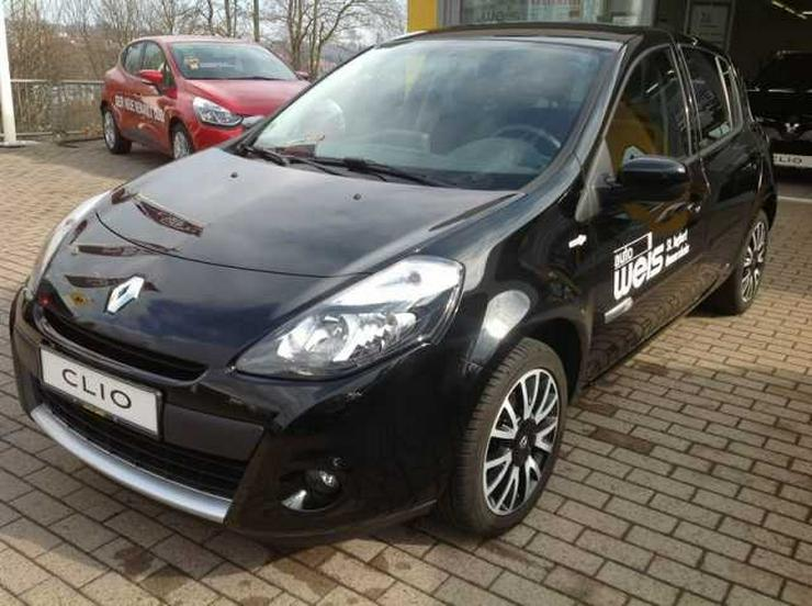 RENAULT Clio TCe 100 TomTom Edition