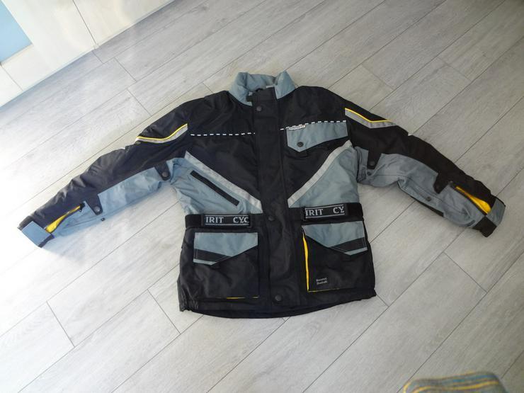 Motorradjacke  -modisches - auffälliges Design-