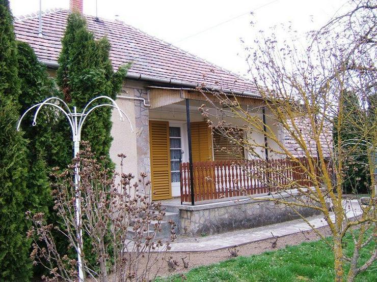 Solides Dorfhaus 18 Km zum Balaton - Haus kaufen - Bild 1