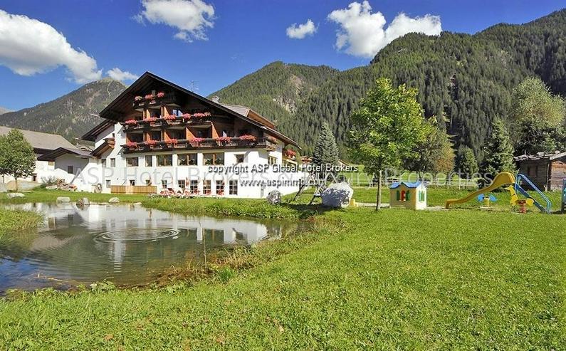 Gut eingeführtes 3-Sterne Aktiv Hotel in einer guten 2-Saisonen Region Südtirols zu verk... - Gewerbeimmobilie kaufen - Bild 1